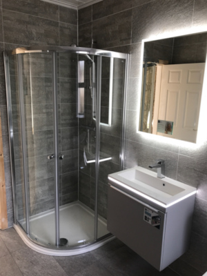 New Bathroom Meets Your Needs Budget And Best Maximises E From Family Bathrooms En Suites Wet Rooms To Luxurious Designer